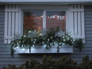 Winter Window Accents to Boost Curb Appeal